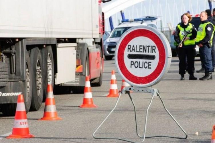 "el-""embudo""-de-la-frontera-francesa-de-biriatou-agota-la-paciencia-del-transporte-espanol"